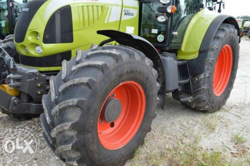 Tractor Claas Arion 640 Cebis anvelope