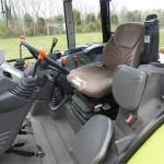 Tractor Claas Axos 320 interior cabina de comanda