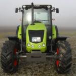 Tractor Claas Axos 320 vedere din fata