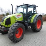 Tractor Claas Axos 320 vedere din lateral stanga