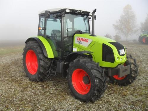 Tractor Claas Axos 320 vedere laterala dreapta