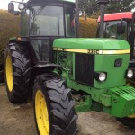 Tractor John Deere 3350 s vedere din fata