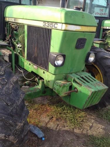 Tractor John Deere 3350 s vedere frontala