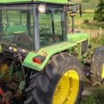 Tractor John Deere 3350 s vedere laterala partea din spate