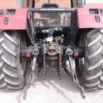 tractor Case IH Maxxum Pro 5140 detaliu cu dispozitivul de remorchare