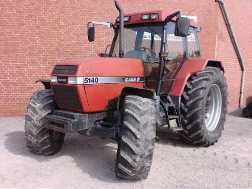 tractor Case IH Maxxum Pro 5140 vedere din fata stanga