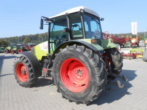 tractor Claas Celtis vedere din spate stanga