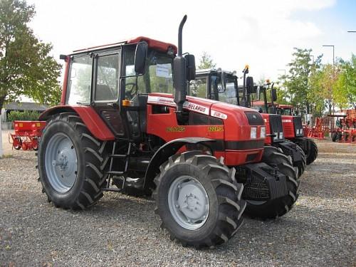 tractor mtz belarus 1221 detalii anvelope
