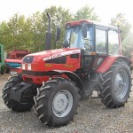 tractor mtz belarus 1221 vedere de ansamblu fata