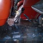 tractor u445 detaliu manete comanda si schimbator viteze