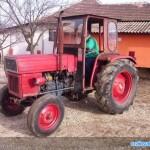tractor u445 vedere stanga fata cu cabina
