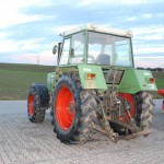 Tractor fendt favorit 610S vedere din spate stanga