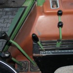 Tractor fendt favorit 610S vedere interior cabina de comanda cu detaliu manete de control