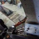 Tractorul Fiat Agri model F100 DT vedere interior cabina manete de control